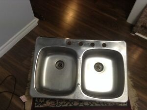 Brand new sink used for only a few years