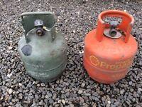 2 Gas bottles free