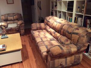 Divan et fauteuil à vendre