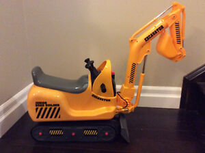 Digger Excavator - Brand New Never used - Battery Operated