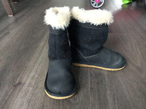 Carters toddler size 6 boots London Ontario image 1