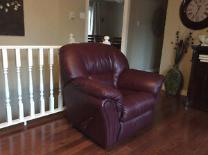 Leather sofa and reclining chair St. John's Newfoundland image 3