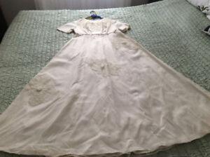 Robe de mariée vintage, classique, 1967 etc.
