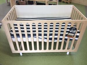 Floor Model Sale Oeuf Fawn Crib