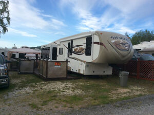 For Sale 2013 Fifth Wheel 346RET