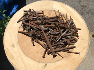 JOB LOT OF ANTIQUE SQUARE NAILS.