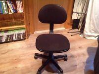 chaise de bureau - de couleur noir - 5 pattes