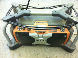 18V and 120V ridgid Job Site Radio