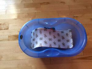 Bain pour bébé avec support / baby bath with support