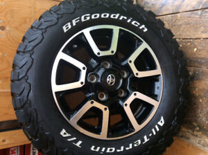 Toyota Tundra wheels and tires