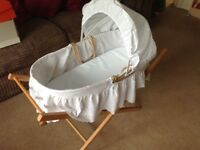 Moses basket and stand, neutral colour