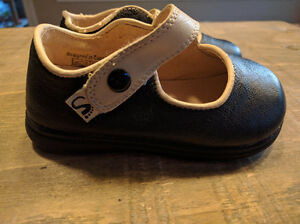 Toddler Shoes Size 5 (Little Soles) Kitchener / Waterloo Kitchener Area image 2
