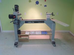 "Delta 16"" Steel Bed Lathe (46-745)"