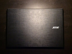Acer Aspire E5-522 (Windows 10 Home, 8GB RAM, 1TB Hard Drive)