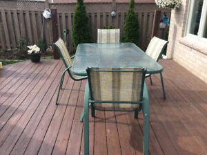 Patio Set - Table with 5 chairs