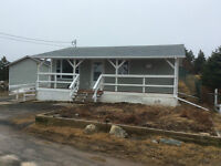 FOR SALE: COTTAGE RETREAT IN NEW PERLICAN, TRINITY BAY