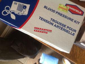Trousse pour tension artérielle Hansfield neuve West Island Greater Montréal image 1