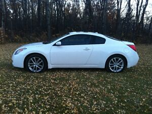 2009 Nissan Altima 3.5 Coupe
