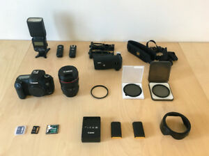 Canon 5d Mark III -  Kit complet (5050 Shutter Count)