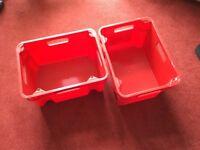 6 x storage boxes