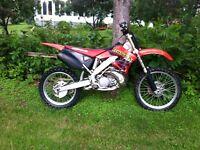2001 cr 250 motocross dirt bike
