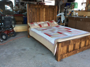 Stunning Rustic Reclaimed Wood Bed.. Queen.. Dark Walnut Beauty
