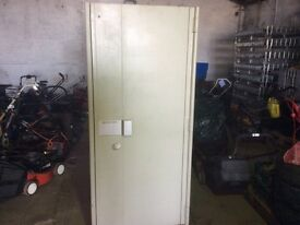 Large Jewellers safe with double door