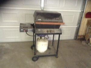 BBQ for sale, gas tank included, $35 or best offer