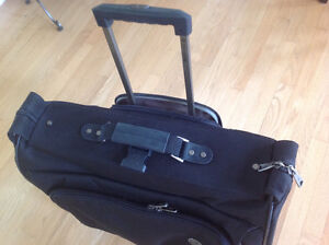 SAMSONITE GARMENT TRAVEL SUITCASE WITH WHEELS