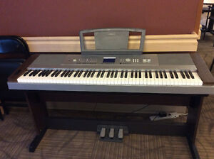 Yamaha DGX 640 Portable Grand Keyboard