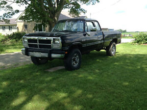 1992 Dodge CUMMINS  Power Ram 3500 Pickup Truck