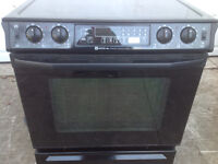 Ceran top slide in Stove with convection