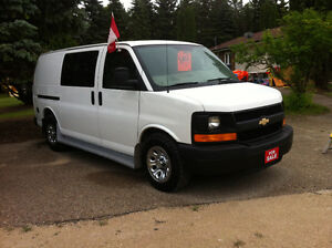 2011 CHEV EXPRESS 1500 ALL WHEEL DRIVE 4x4 VAN