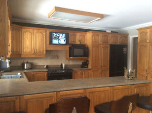 Complete kitchen with counter all oak.