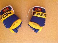 Ice hockey gloves very good condition