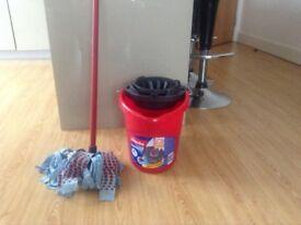 Vileda Mop Bucket and Wringer