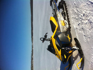 Ski-doo Summit XP 800