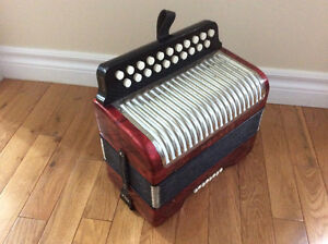 Hohner Erica button accordion, AD. St. John's Newfoundland image 3