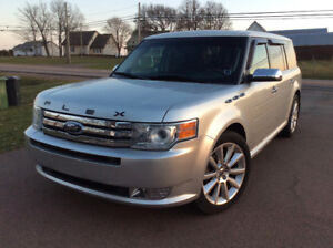 2011 Ford Flex LIMITED leather 7 passenger low Kms