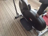 Exercise bike / cross trainer
