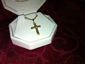 Gold / Diamond Cross & Chain