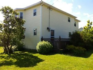 Home For Sale – 1 Hr from St. John's & 45 mins from Long Harbour