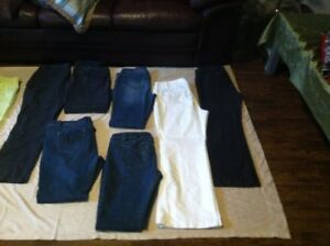 Assorted Woman's Jeans & Casual Pants/Capris (sizes12-16)