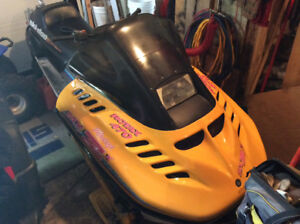 1994 470 MXZ x racing skidoo