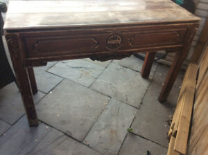console mexican table