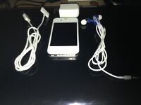 Iphone 4s 16g earbuds charger and charging cube