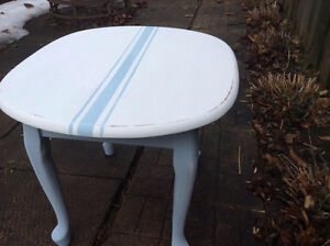 Cute Side Table with Stripes