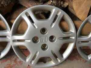 Set of 4 Honda Civic Wheel Covers Belleville Belleville Area image 4