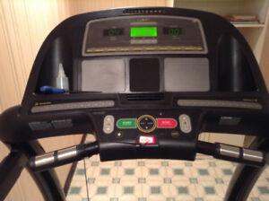 Livestrong LS8.OT heavy duty treadmill