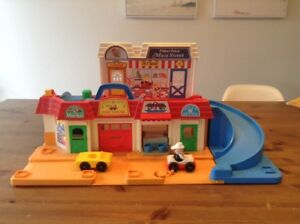 Village jouet vintage Fisher Price